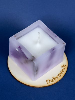 fragrant candle square with wooden candle dish